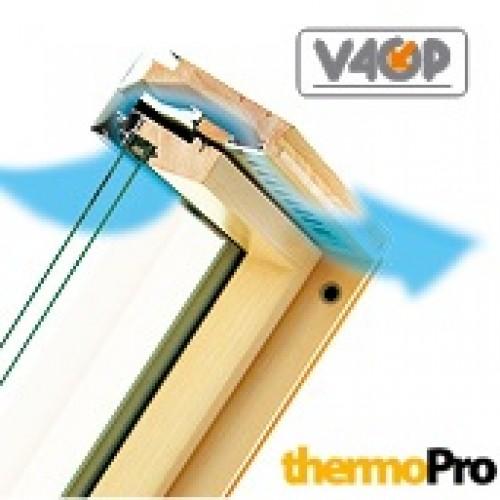 Мансардные деревянные окна Fakro FPP-V U3 preSelect LUX